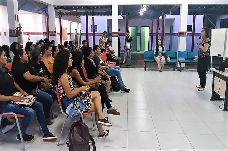 Projeto recepciona estudantes para 2019.2